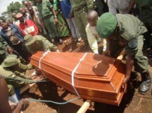 L'enterrement honorifique du corps de Pilipili a la station de Tshivanga