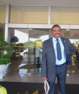 Une photo du Directeur Général de l'ICCN  à Cambodge lui aussi Participant a la 37eme session