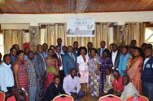 Une photo de famille de participants à l'atelier  préparatoire sur  le forum  du PNKB