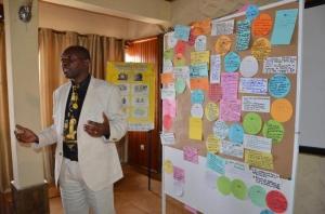 Le Directeur et chef site  du Parc National de Kahuzi-Biega