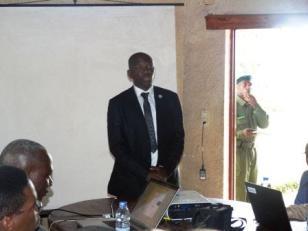 Directeur et chef de site du PNKB lance un Mot de bienvenue au Participants